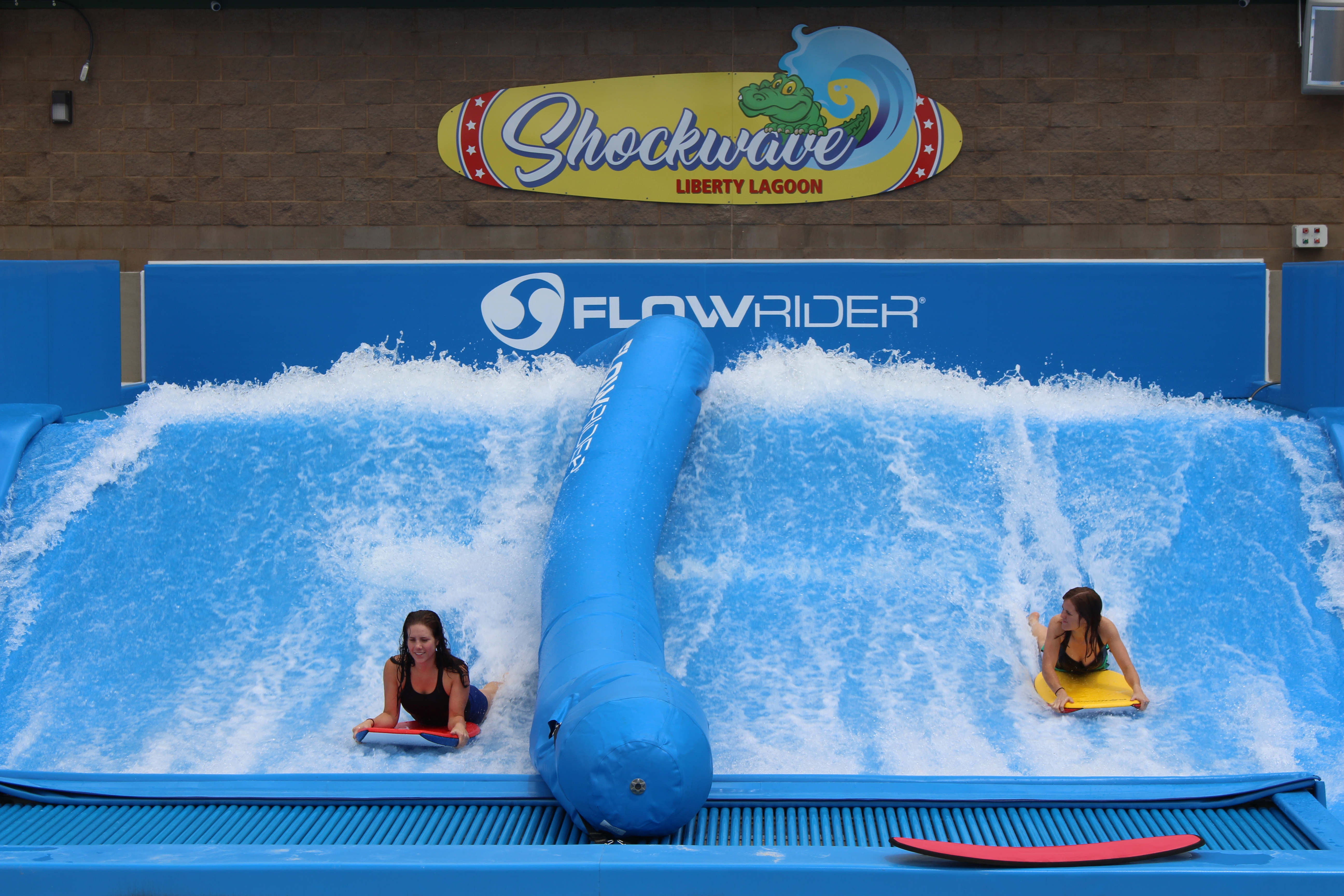 Shockwave - Flowrider
